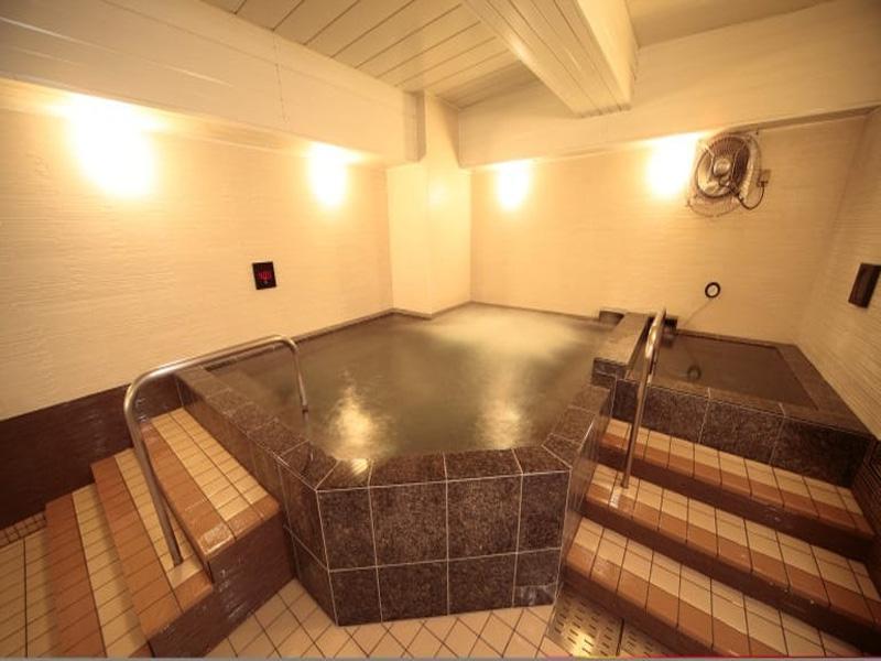 スポーツクラブ ルネサンス 天王町 光明石の人工温泉でリラックス