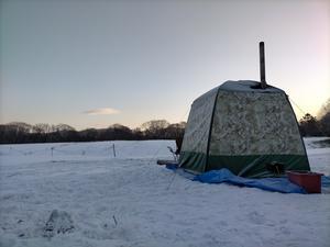つどいの館 キャンプ場 写真
