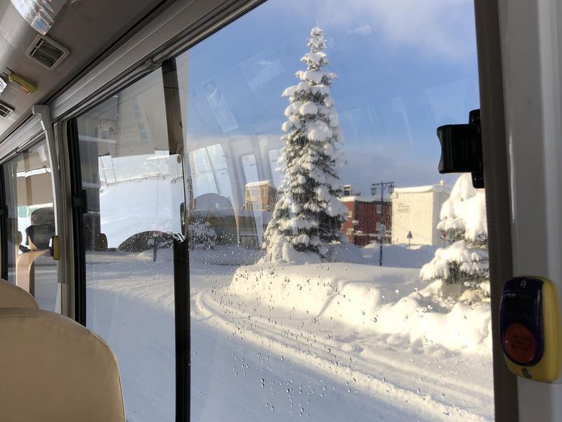 青の洞窟温泉 ピパの湯 ゆ〜りん館 市営バスからの風景