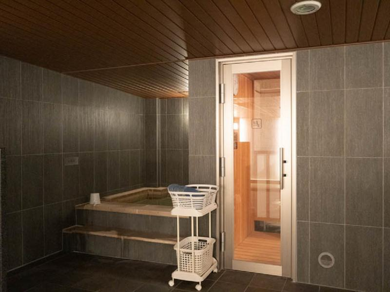 トリフィート ホテル&ポッド 金沢百万石通 サウナルームと水風呂