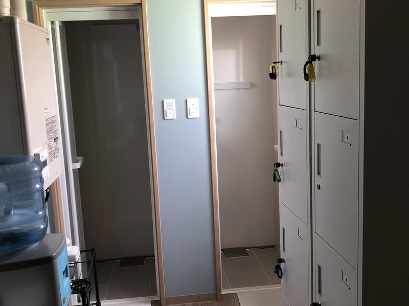 りとり~とびれっじTōma 更衣室兼シャワー室