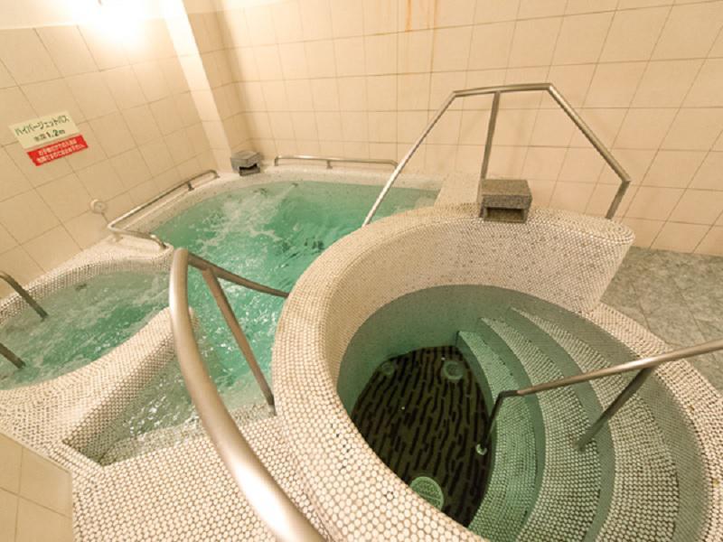 スパリゾートリブマックス 水風呂&ハイパージェット