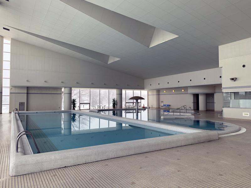 ホテルアローレ 温水プール併設