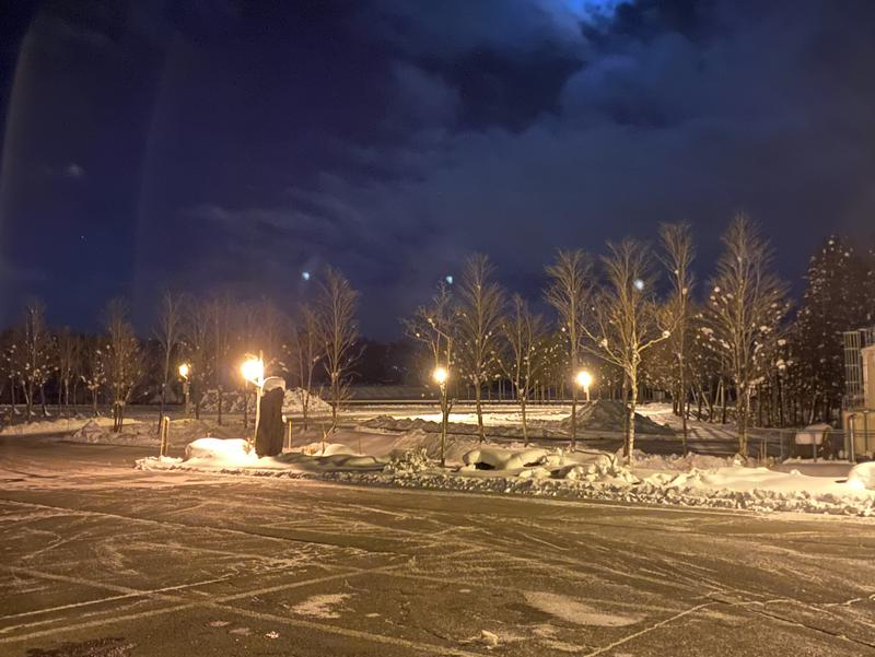 牧歌の里温泉 牧華 夜・駐車場
