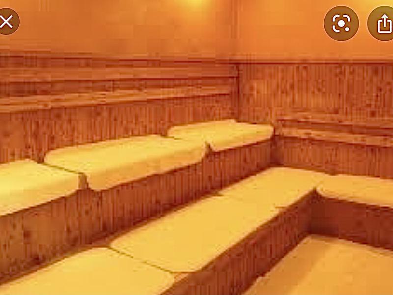 稲荷湯 1階サウナ室