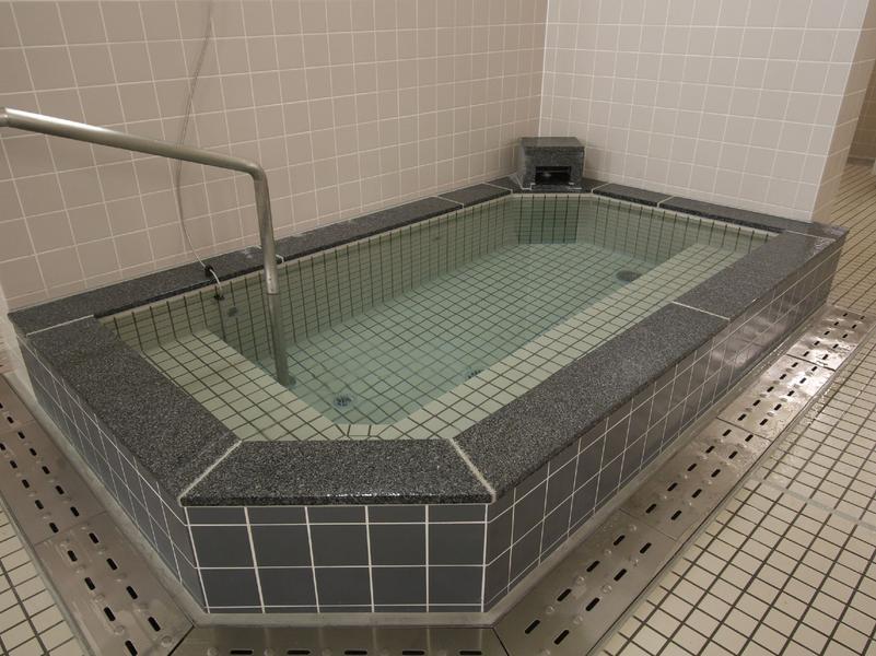 東急スポーツオアシス南大沢24plus 女性水風呂
