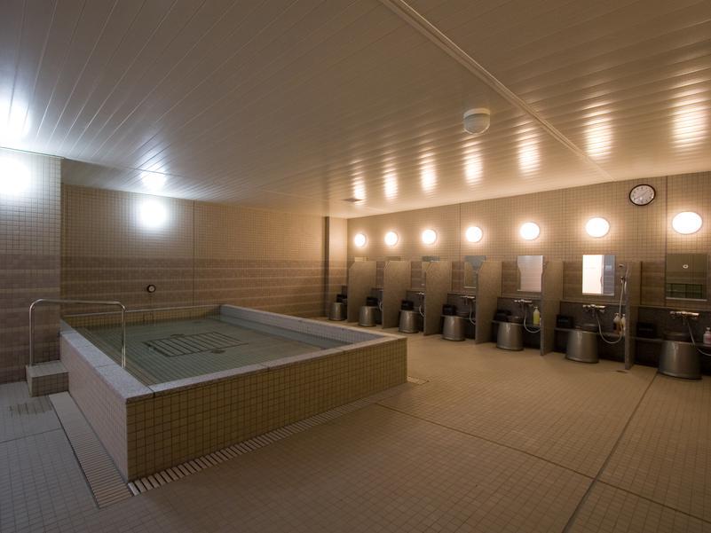 東急スポーツオアシス横須賀店 男性浴室