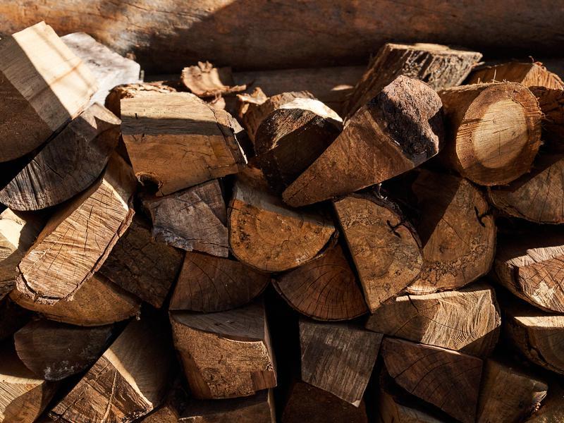 蓮台寺温泉 清流荘 サウナ用の薪
