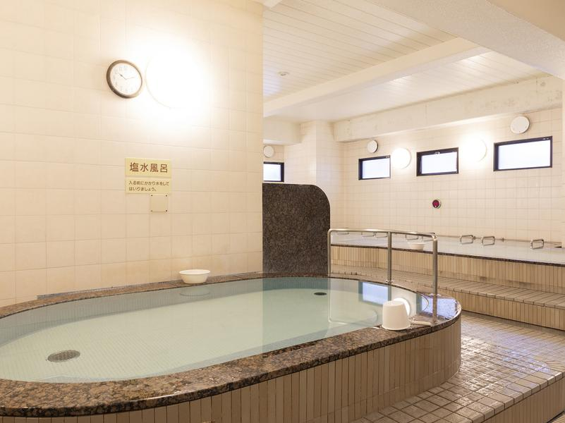 MINATO SAUNA(旧港洋館みなとサウナ) 水風呂・大浴場