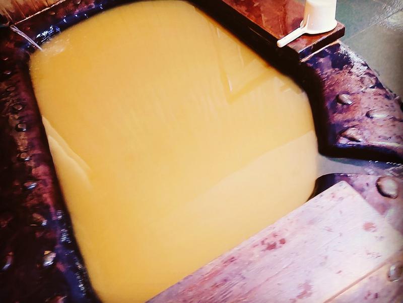道の駅 上品の郷 (ふたごの湯) 黄金色の水風呂は日本屈指の質の高さ