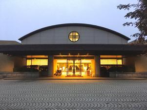 ダイヤモンド八ヶ岳美術館ソサエティ 写真