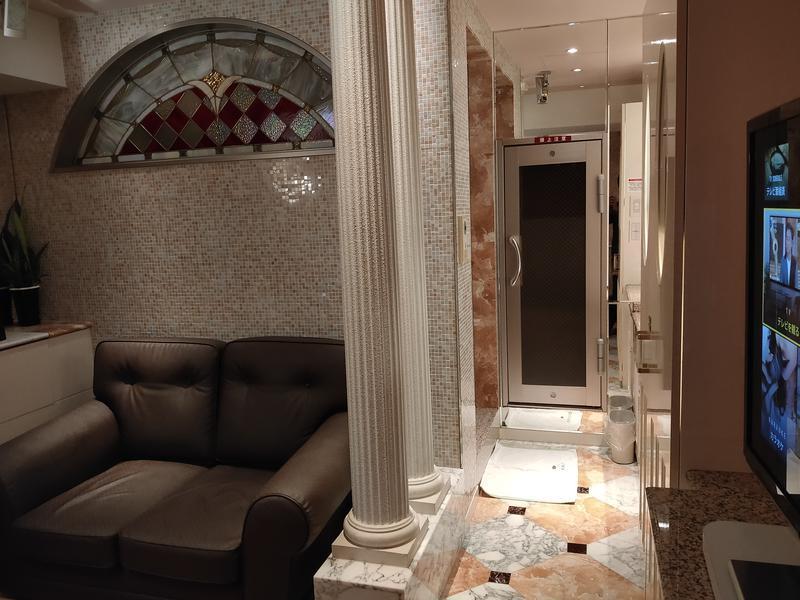 HOTEL DOMANI フロアから見るサ室