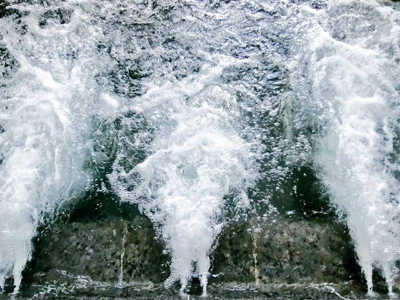 ホテルマウント富士 水風呂1  雲海 天然水循環(ジェット&バイブラ)※20度〜23度。季節により変動。