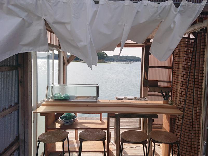 イカダの上のおでん屋台&海上サウナ( 一日一組) サウナ飯はおでん屋台で